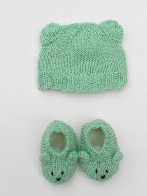 bonnet et chaussons bébé des bébés de Camille - selection CocoFlower