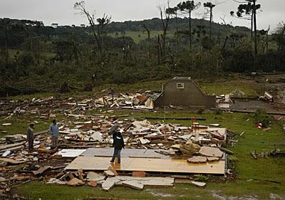 Tornado29082005-3.jpg