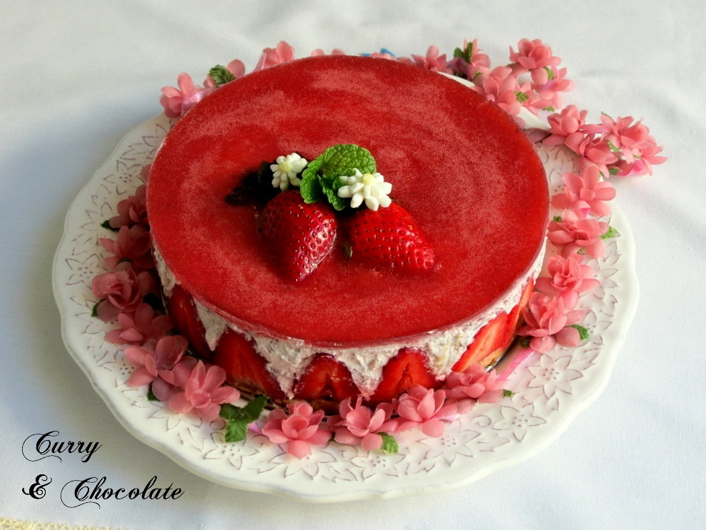 No-bake strawberry and cream cheesecake