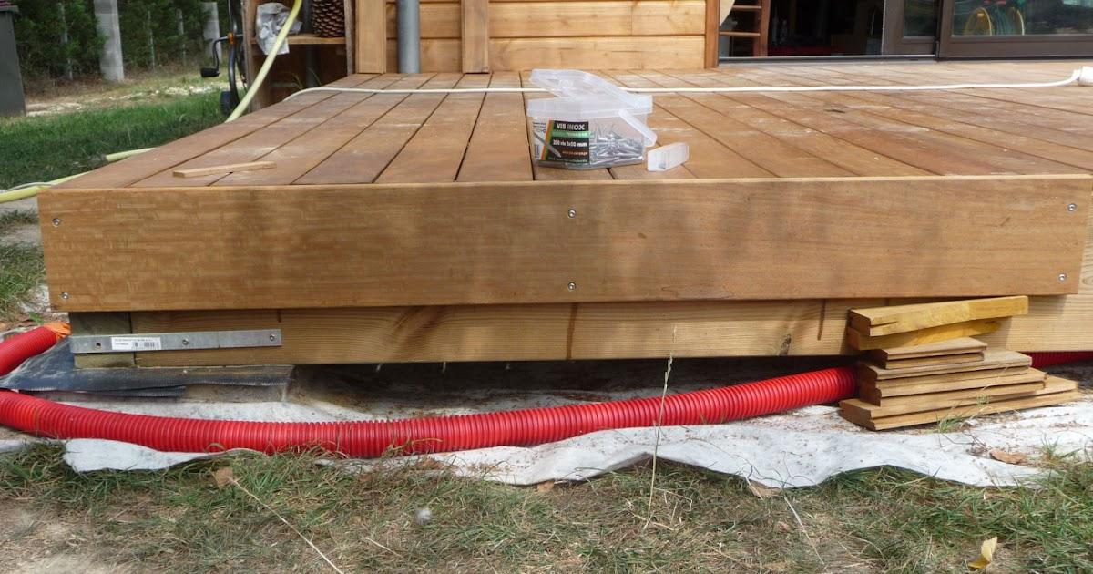Construction dune terrasse en bois Pose des bandeaux de finition
