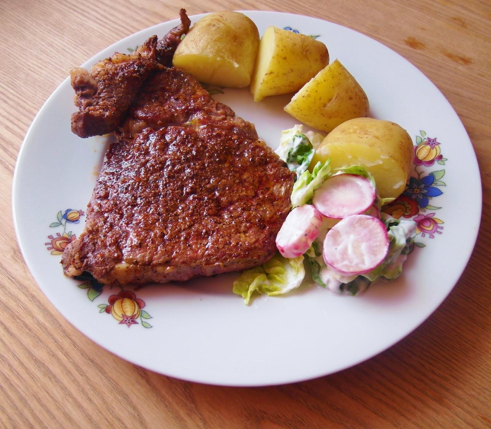 Kuchnia z wyrakiem: Na grilla: Coffee rubbed steak - stek ...