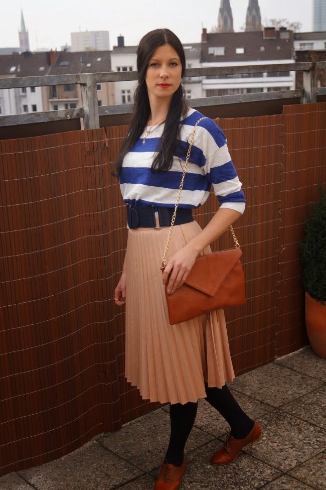 Caprice loves Fashion, Blog, Fashion, Mode, Midi Rock, Zara, Clutch, Shirt, H&M