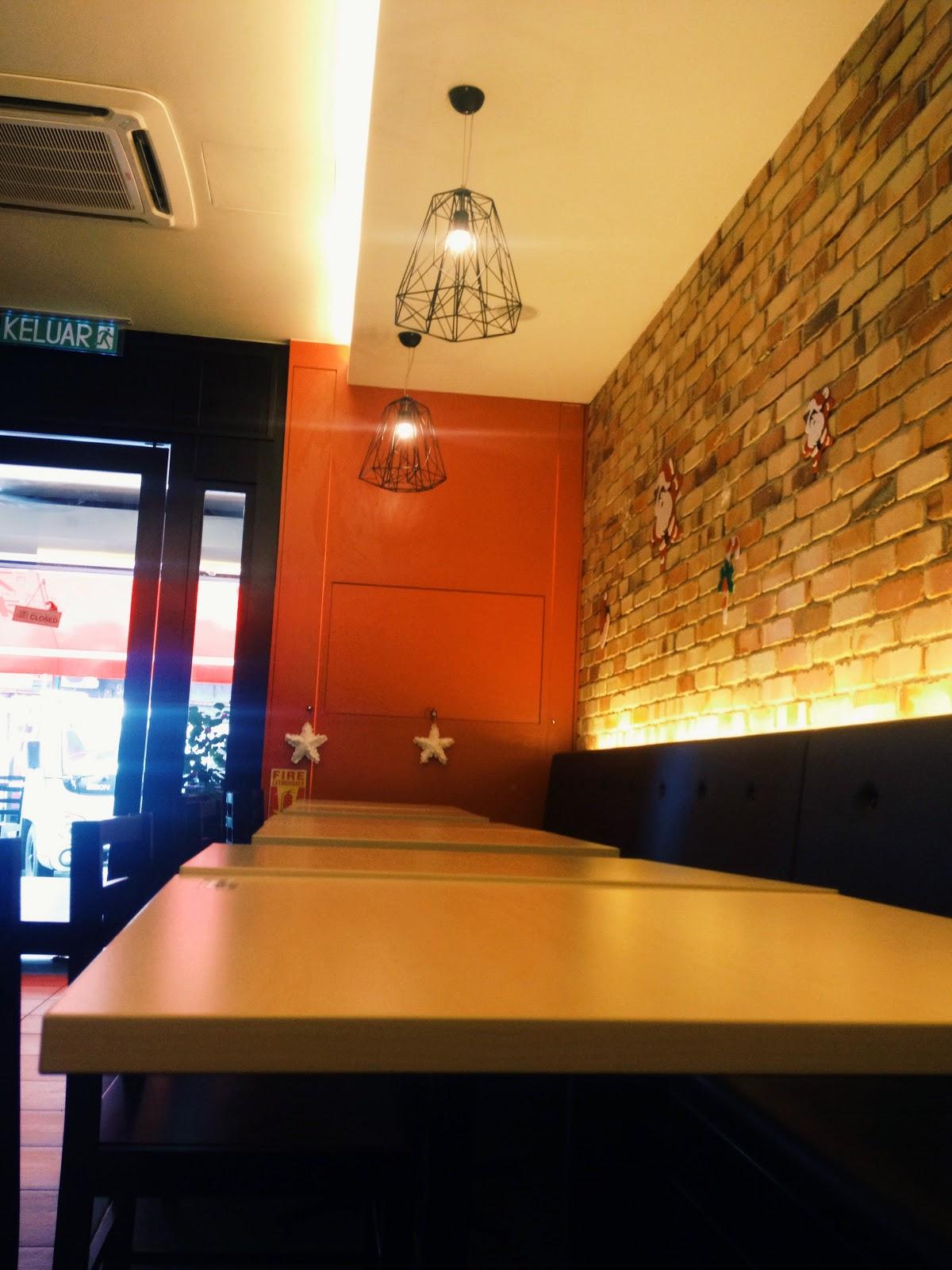 大利來記 Tai Lei Loi Kei 澳門豬扒包 Macau Pork Chop Bun @ Sri Petaling, Malaysia