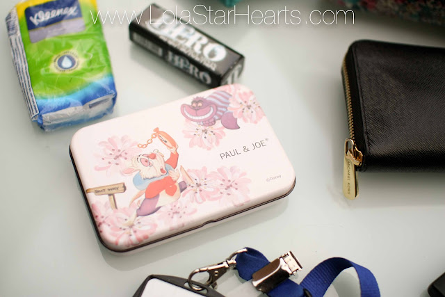 what's in my handbag blog post review