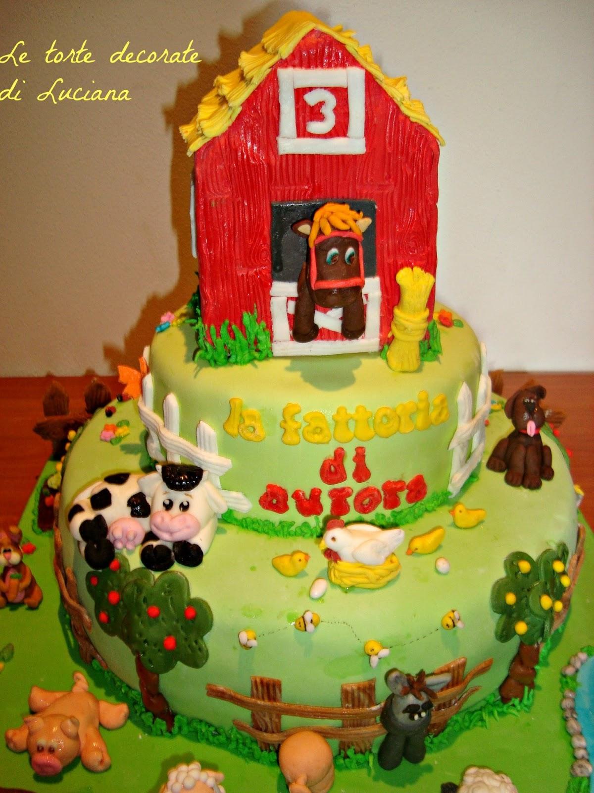 Le torte decorate torta fattoria for Piani di fattoria gratuiti