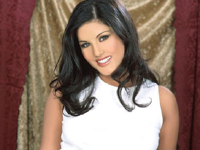 Sunny Leone Canadian Model Wallpapers 04