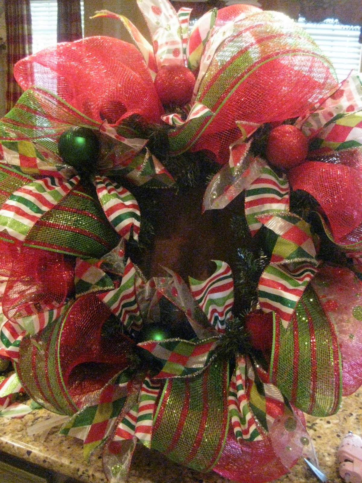 Kristens creations christmas mesh wreath tutorial baditri Images