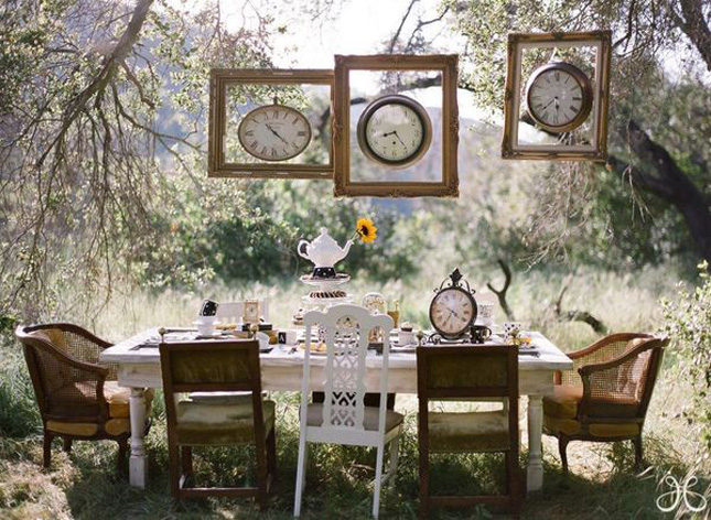 10 creative ways to add frames to your wedding belle the magazine - Backyard patio design ideas to accompany your tea time ...