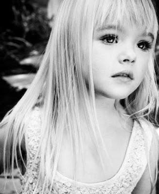 model poni untuk rambut panjang anak perempuan 2011478