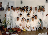 Sri Maha Krishna e seus Discípulos