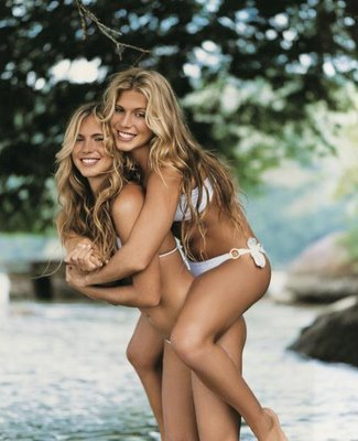 Top 10 Sexiest Women Swimmers Alive 2012 Bia and Branca Feres