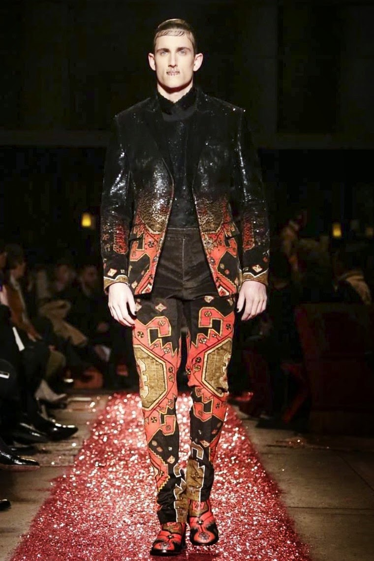 Givenchy AW15, Givenchy FW15, Givenchy Fall Winter 2015, Givenchy Autumn Winter 2015, Givenchy, du dessin aux podiums, dudessinauxpodiums, Pitti Uomo, mode homme, menswear, habits, prêt-à-porter, tendance fashion, blog mode homme, magazine mode homme, site mode homme, conseil mode homme, doudoune homme, veste homme, chemise homme, vintage look, dress to impress, dress for less, boho, unique vintage, alloy clothing, venus clothing, la moda, spring trends, tendance, tendance de mode, blog de mode, fashion blog, blog mode, mode paris, paris mode, fashion news, designer, fashion designer, moda in pelle, ross dress for less, fashion magazines, fashion blogs, mode a toi, revista de moda, vintage, vintage definition, vintage retro, top fashion, suits online, blog de moda, blog moda, ropa, blogs de moda, fashion tops, vetement tendance, fashion week