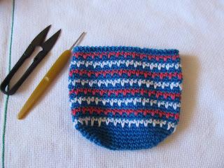 Porta treco, porta-moeda em crochê com receita - PAP