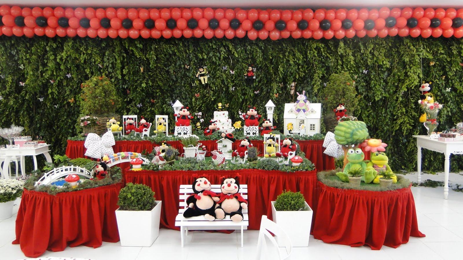 das peças que compunham a rica decoração da mesa