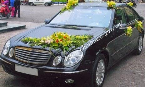 Cho thuê xe cưới mercedes E240