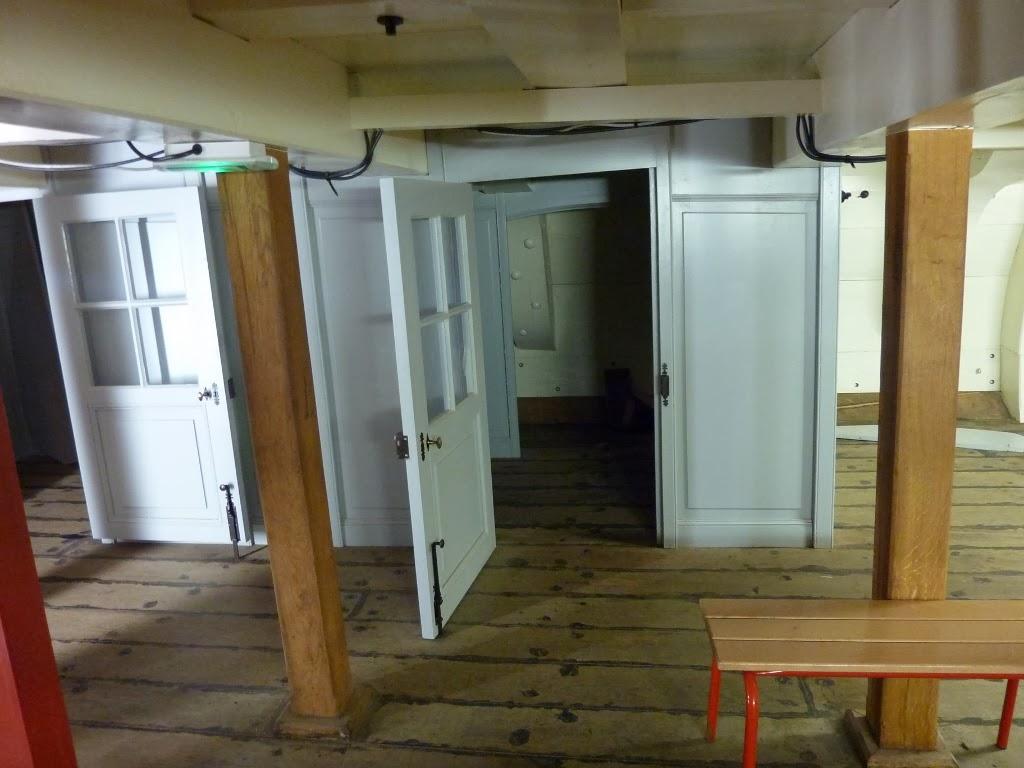 Figurines et histoire 1815 1945 la fr gate l 39 hermione rochefort 4 me partie la figure de - Espace cuisine rochefort ...