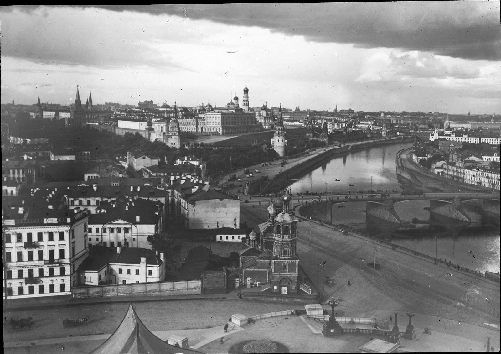 Большой Каменный мост в Москве.