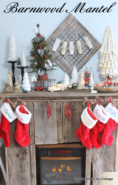 My barnwood christmas mantel the country chic cottage for Country chic christmas