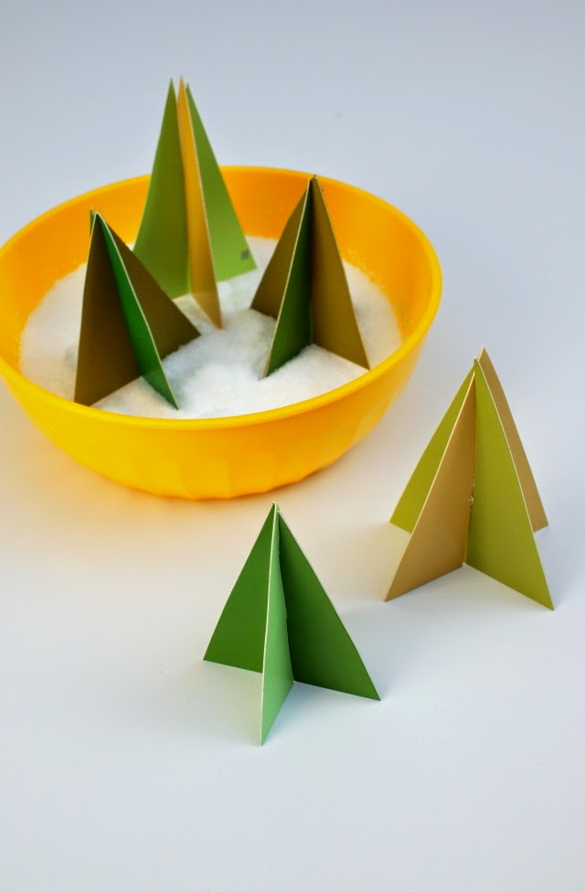 How to make mini Christmas trees from paint samples