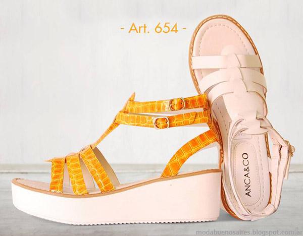 Prints de colores moda sandalias 2015. Anca & Co primavera verano 2015.