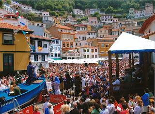 Fiesta L'Amuravela en Cudillero