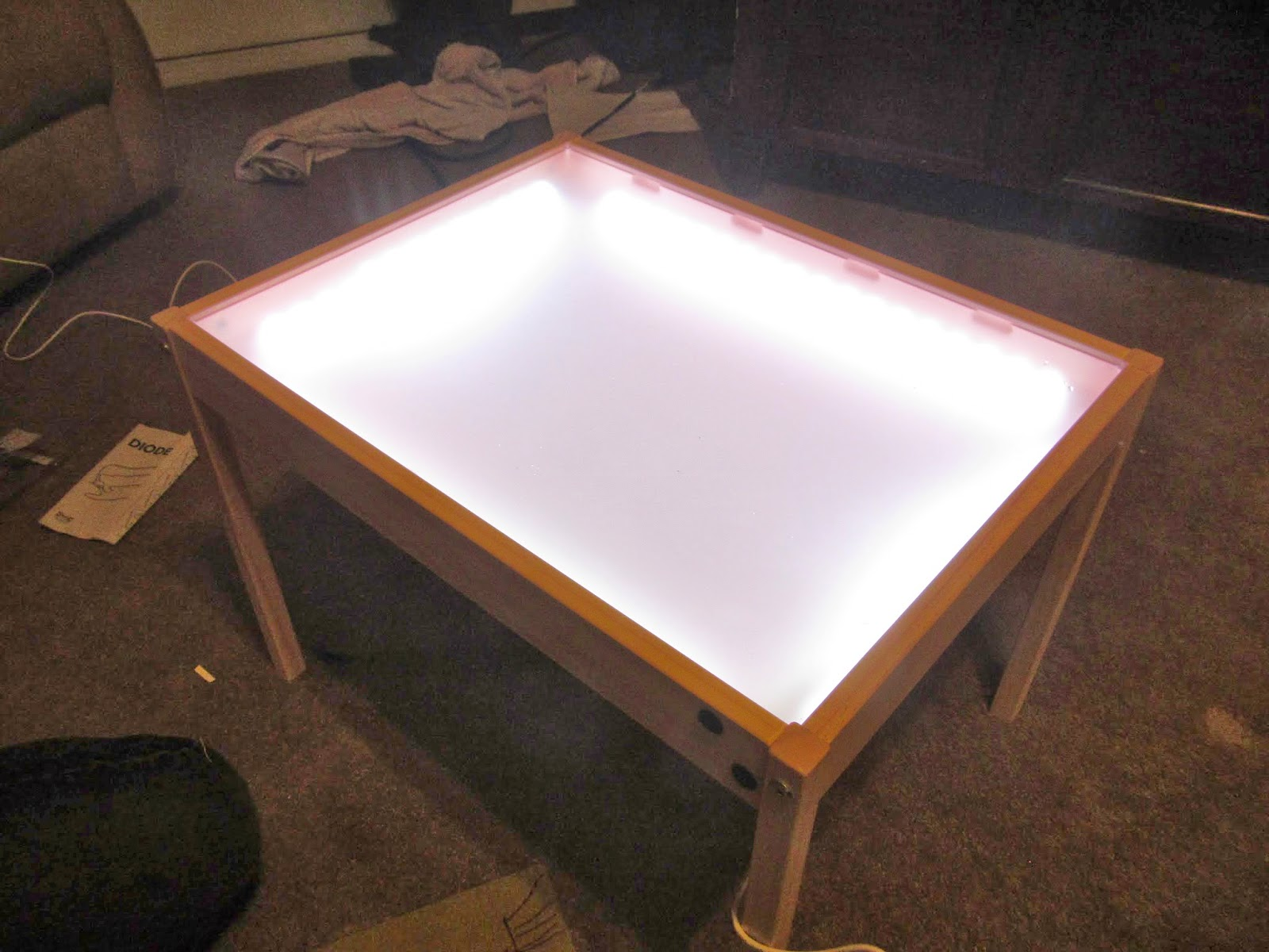 hobby mommy creations diy light table ikea hack. Black Bedroom Furniture Sets. Home Design Ideas