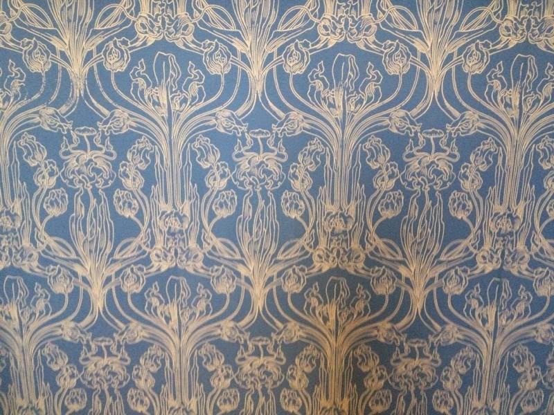 kleidermacher atelier ornamente und muster auf alten tapeten fliesen und kacheln. Black Bedroom Furniture Sets. Home Design Ideas