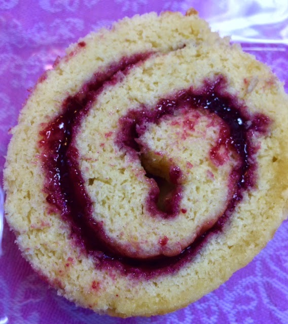 Michele 39 s woman cave blackberry pear jelly roll cake for Blackberry pear jam