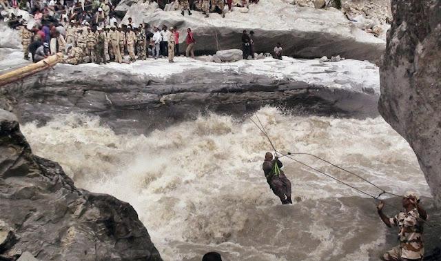 வெள்ள நிவாரணப் பணிகள்-கேதர்நாத்..படங்கள் இணைப்பு Floods.+Rescue+5.