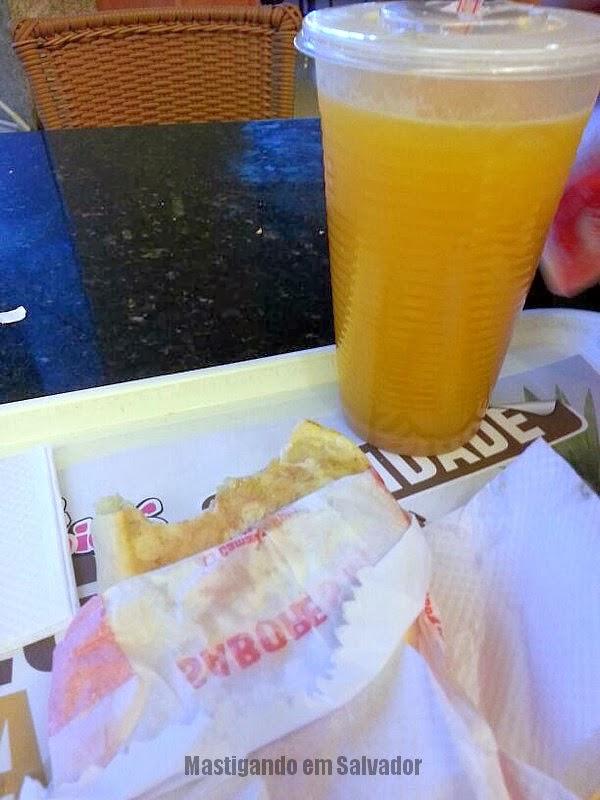 Mini Kalzone: Suco de Laranja