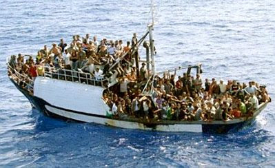 Lampedusa: boatload of refugees