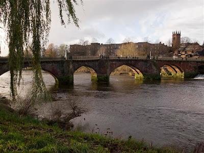 Old Dee Bridge en Chester