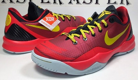 Men's Nike Zoom Kobe Venomnon 4 YOTH Year of the Horse Red Black Sneakers : B62k5789