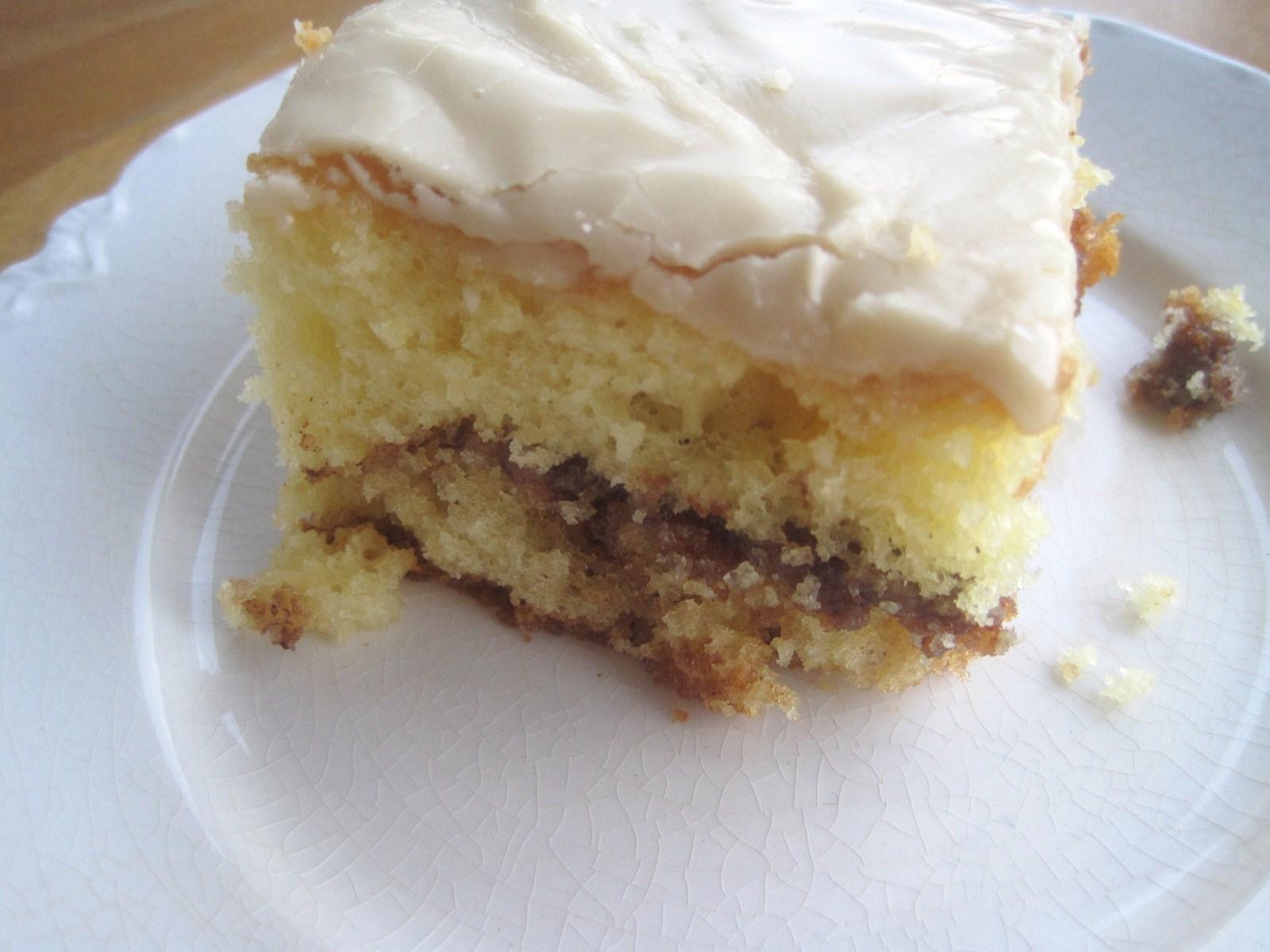 How To Bake A Honey Bun Cake