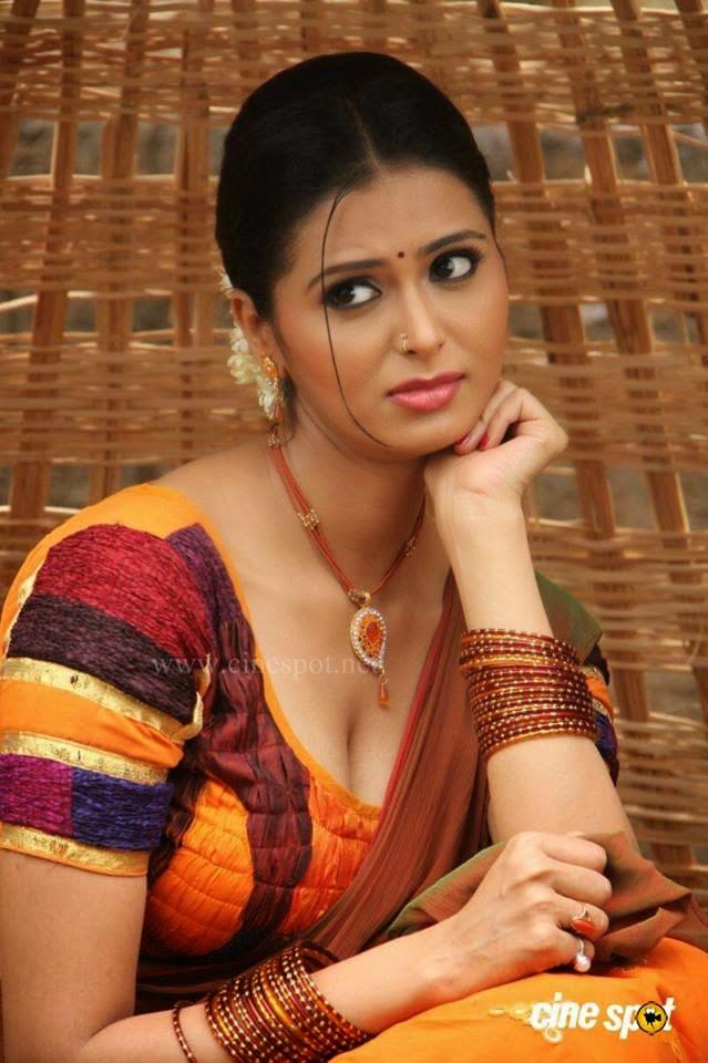 Telugu Web World Desi Bold Actress