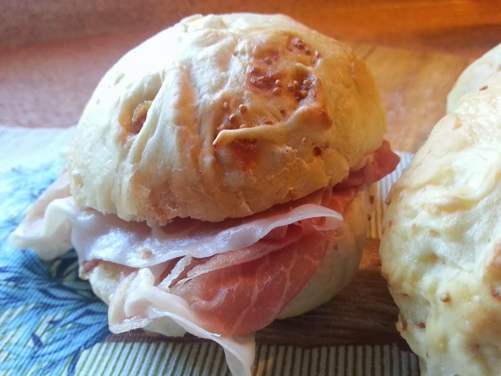 pane, prosciutto e fichi - autumn  and halloween brunch