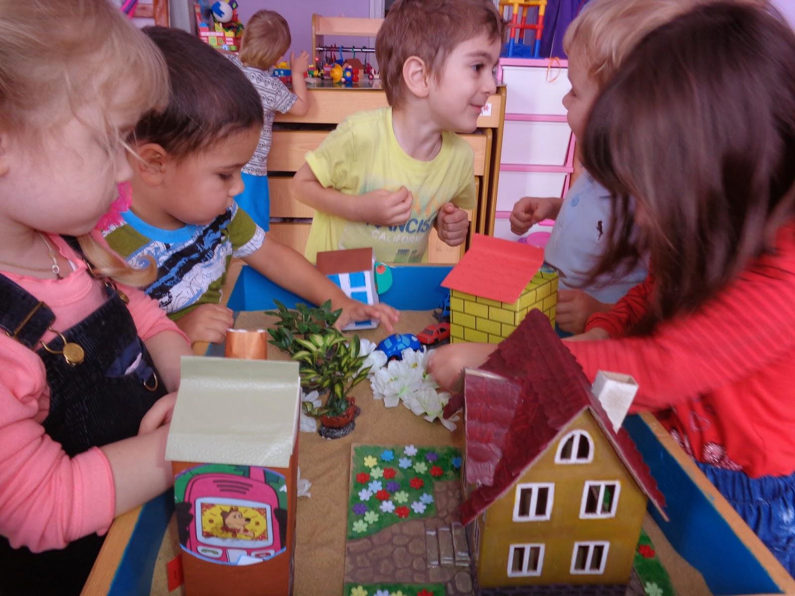 Я сделал детский домик 5