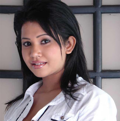 Muthu Kirilli Actress Wathsala Diyalagoda Hot