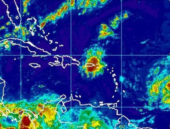 República Dominicana: Cancelan varios vuelos por llegada de tormenta tropical Erika