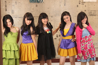 takut lyrics girl band Blink