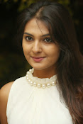 Neha deshpande glamorous photos-thumbnail-3