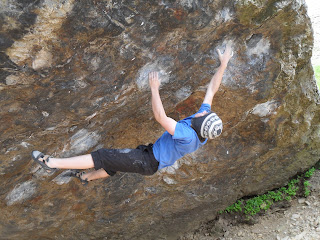 Jerry's Roof, Llanberis Pass, Bouldering, Climbing, Andrew Lyons, Andrew McQue, Andy McQue