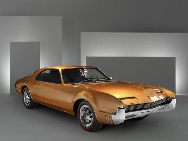 オールズモビル・トロネード 初代 | Oldsmobile Toronado (1966-70)