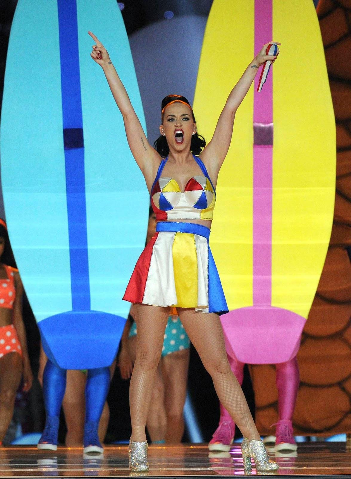 Katy Perry – Superbowl XLIX Halftime Show