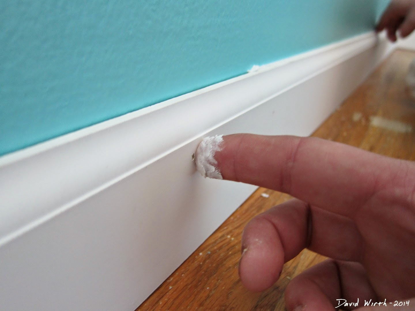 baseboard, spackle, caulk, sealant, spackle, how to