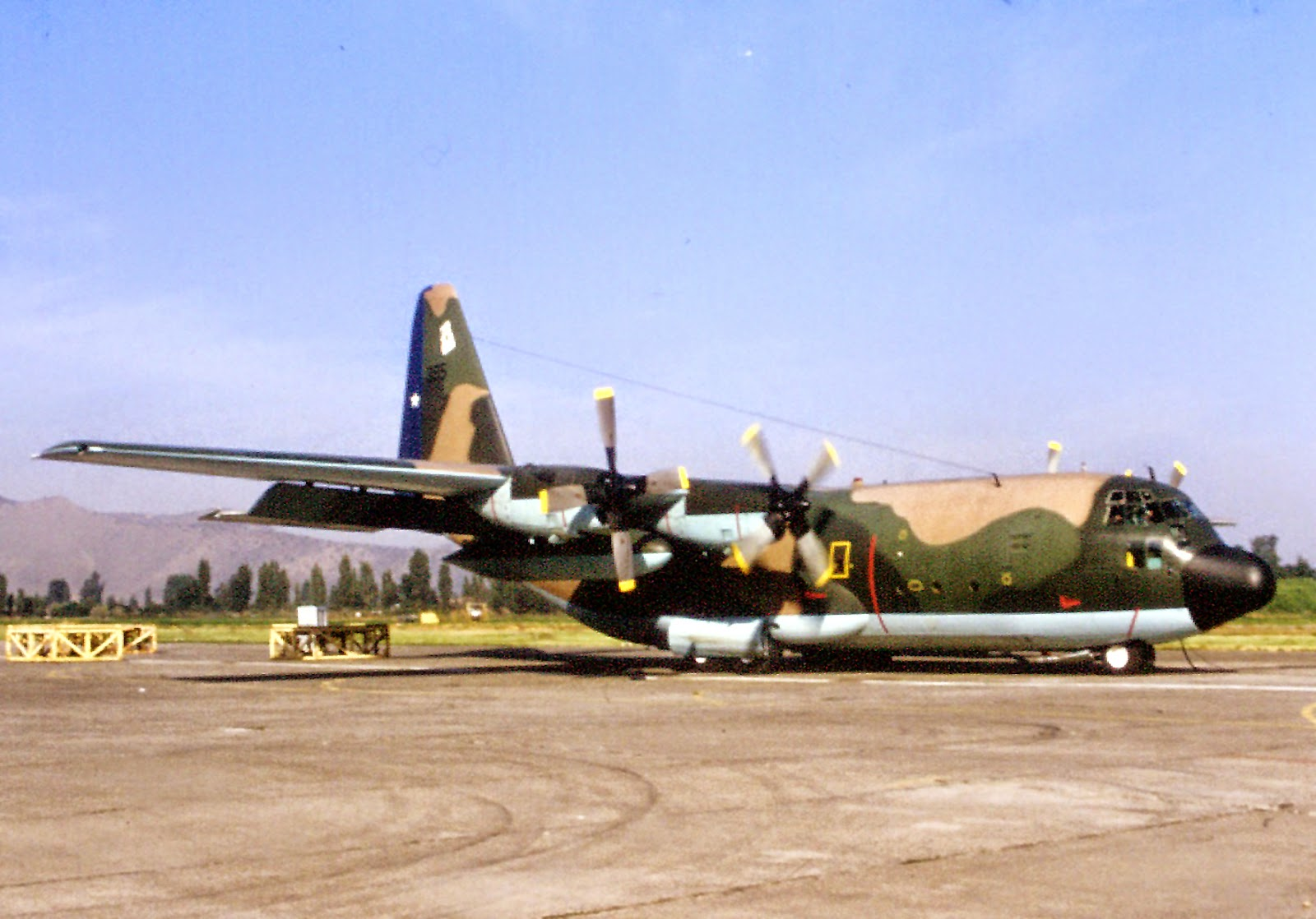 http://c-130chile.blogspot.com/