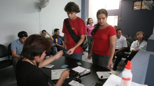 dónde tramitar, que requisitos necesito y cuánto cuesta el Certificado de Antecedentes Policiales en Perú