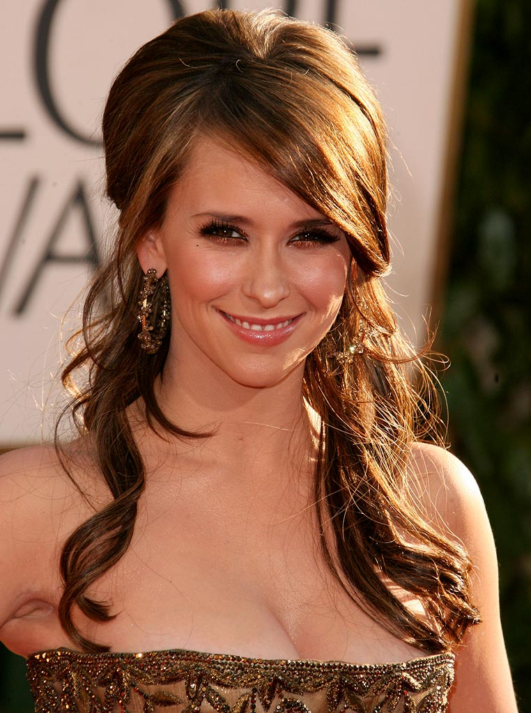 JENNIFER LOVE HEWITT Celebrity 2011
