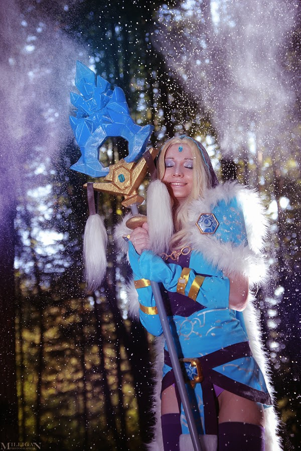 Dota 2 Cosplay Crystal Maiden