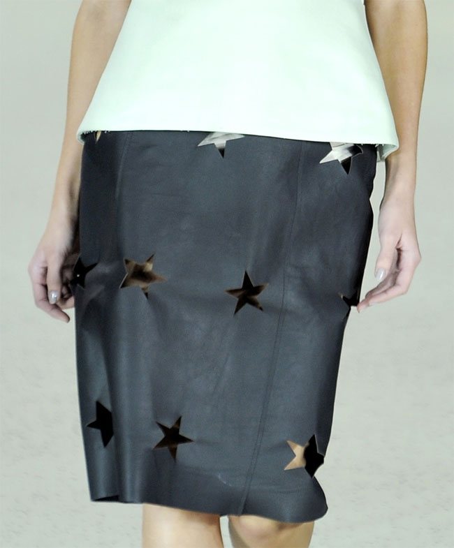 acne,diy, fashion DIY,  skirt diy, diy leather skirt,cut out skirt, no sew, refashion, spring 2012,leather diy,acne s/s 2012